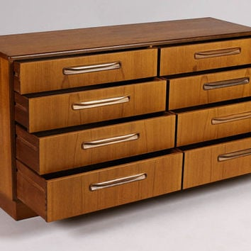 Danish Modern / Mid Century Low Chest of Drawers Teak Dresser / Credenza — Fresco line by Kofod Larsen for G-Plan (8 Drawer)