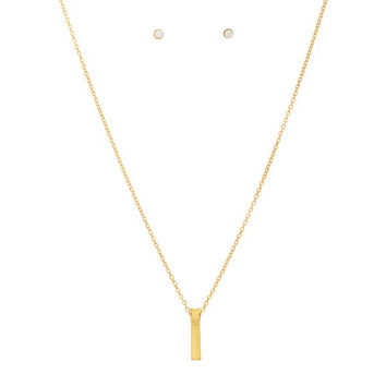 Gold filled necklace set featuring a dainty metal bar pendant.