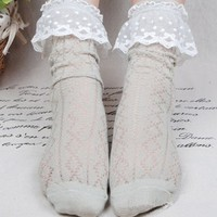 White Lace Ankle Socks
