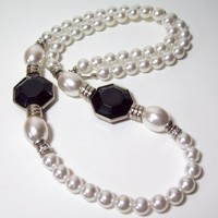 Vintage Japan Faux Pearl and Black Station Necklace