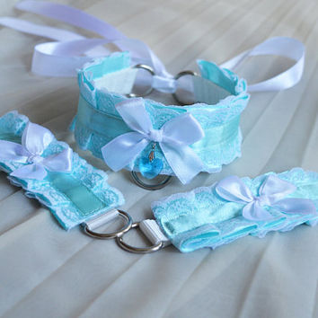 Kittenplay collar and cuffs set - Ocean skies - ddlg cgl cute bdsm proof kink petplay costume - white and pastel blue neko choker