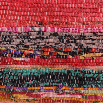 Pink Color theme Hand loomed Rag Rug, Floor Mat, Yoga mat , Decorative Vintage Throw, Durrie Carpet Hand Made in India from Vintage Saaris