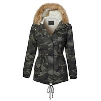 LE3NO Womens Sherpa Lined Camo Military Anorak Hoodie Jacket with Removable Faux Fur