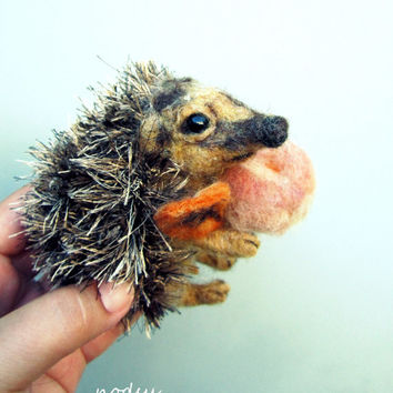 Hedgehog sculpture, needle felted, realistic hedgie, cute felt animal, woodland theme, milk cap, mushroom, hedgehog gift, plush toy