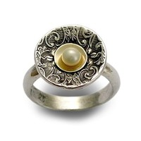 Sterling silver pearl ring with gold Hold your by artisanlook