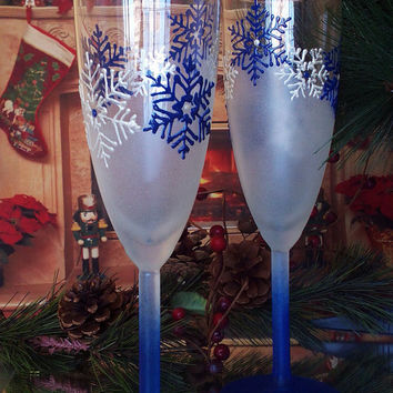 White and blue Wedding Toasting Glasses Winter Champagne Flutes Hand Painted Set of 2 white and blue Snowflakes wedding theme