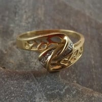 Gold Diamond Ring 14 Gold 4 Diamonds Lover's Knot Vintage Ring
