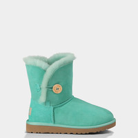 UGG® Bailey Button for Youth | Free shipping at UGGAustralia.com