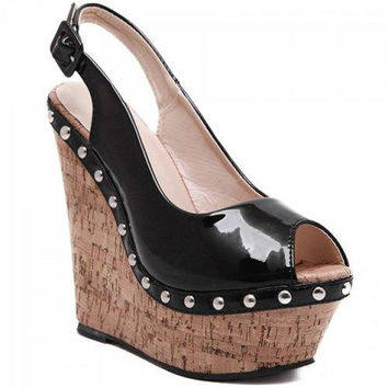 Fashion Wedge Heel and Patent Leather Design Sandals For Women