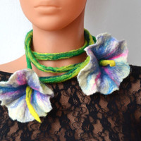 Nice long lariats, necklace with flowers, natural felt, floral blooming jewelry, flower  wool, rope, string, cord,open spring Handmade green