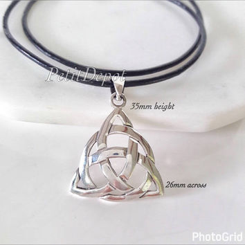 Triquetra Pendant Necklace Sterling silver Celtic pendant Trinity Knot Necklace Silver Celtic Jewelry Triquetra Necklace