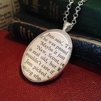 To Kill A Mockingbird - Real Page Fragment pendant