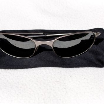 Vintage Oakley A Wire 2.0 sunglasses with pouch/cleaning cloth