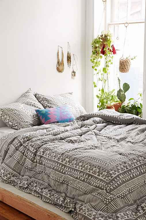 medallion small comforter p outfitters bed bedding urban size full thinking magical from ophelia