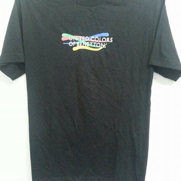 Sale Vintage 90s United Colors Of Benetton Made In Italy TShirt