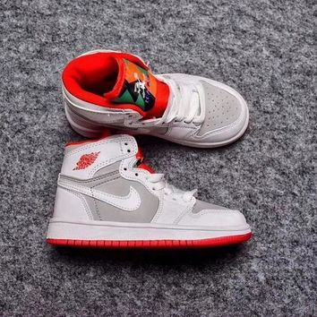Nike Air Jordan Retro 1 High OG Bugs Bunny Kid Basketball Shoes 85a8e83dfb