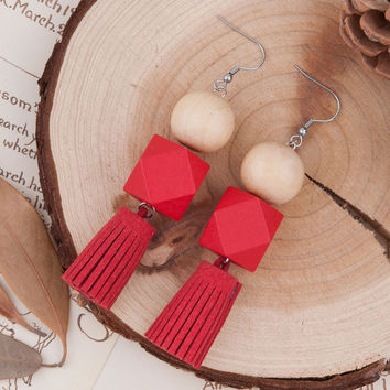 "8SEASONS Woman Fashion Drop Earrings Square & Round Wood Beads Red Suede Velvet Tassel Pendant 99mm(3 7/8"") x 20mm( 6/8"") 1 Pair"