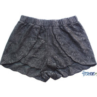 KAILA LACE SHORT