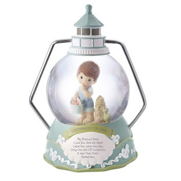 Precious Moments Footprints in the Sand Boy Musical Water Globe