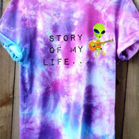 Tie Dye shirt with graphic alien  picture with script Story Of My Life {ONE DIRECTION } concert