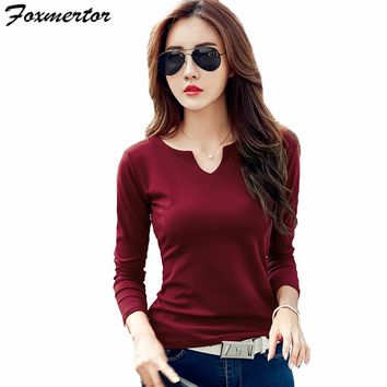 Foxmertor T-shirt Women 2017 Autumn Cotton Female T Shirts V-Neck Solid Striped Tops Casual Basic Lady Tees Plus Size 3XL F600