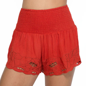 Delight Embroidered Shorts In Brick