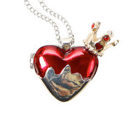 Disney Alice In Wonderland Red Queen Heart Locket