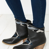 Sbicca Sookies Black Southwest Ankle Boots