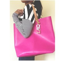 Pretty hot pink VS bag NWOT