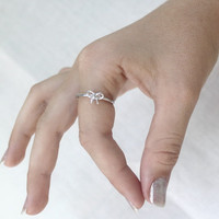 Tiny Bow ring - 925 Sterling silver stacking Ring