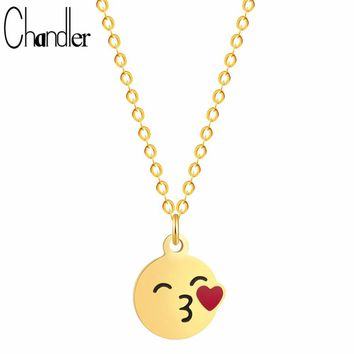 Chandler Hot Sale Silver Gold Color Plating Fly Kiss Love Necklace Face Cartoon Emoji Expression Pendant Handmade Mini Colier
