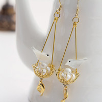 E0052 // Happy Bird Earring - Gold