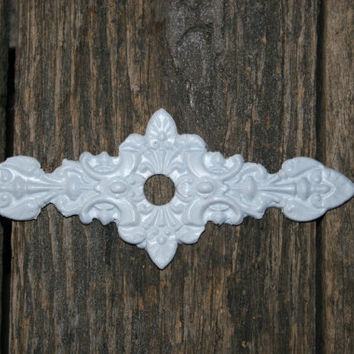 1 Furnitue Applique / knob back plate / chic furniture / shabby chic / DIY projects / romantic cottage