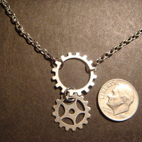 Steampunk Gear and Cog Necklace in Antique Silver (519)