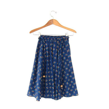 STOREWIDE SALE...70s floral skirt / peasant skirt / apron skirt