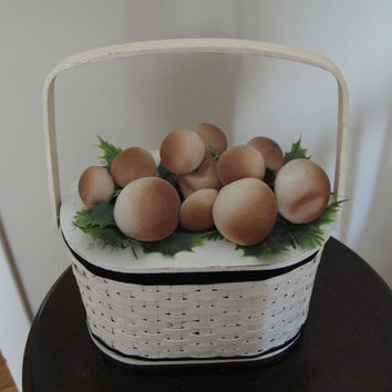 White Woven Basket Purse vintage 50s 60s Plastic Mushrooms on Top Brown Beige Green British Hong Kong Hand Made Mid Century Retro
