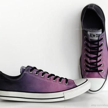 Purple ombr¨¦ dip dye Converse, All Stars, low tops, upcycled sneakers, transformed vin