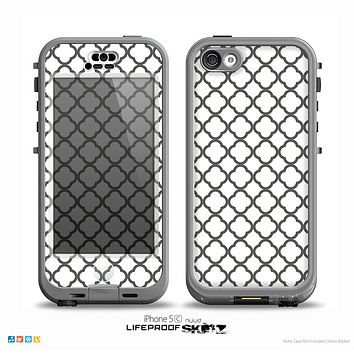 The Dark Gray & White Seamless Morocan Pattern Skin for the iPhone 5c nüüd LifeProof Case