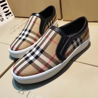 BURBERRY Slip-On Fashionable Women Plaid Flats Shoes Sneakers Sport Shoes