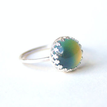 Medium Crown Mood Ring - Sterling Silver & Color Changing