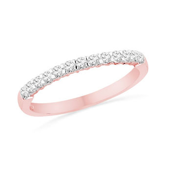 1/4 CT. T.W. Diamond Band in 10K Rose Gold