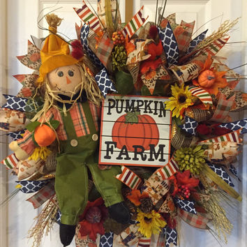 Scarecrow Wreath, Pumpkin Wreath, Fall Mesh Wreath, Fall Front Door, Scarecrow Legs Wreath, Fall Pumpkin Wreath, Fall decor, Front Door