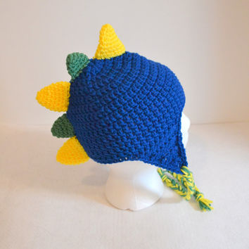 Boys Dinosaur Hat, Crochet Childs hat, Blue Green Yellow Spike Hat, Photo Prop, Boys Winter Hat