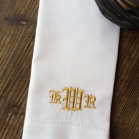 """Set of 4 Antique Scroll Monogrammed Embroidered Cloth Napkins 20"""" / gift / monogram /  personalized napkins / embroidered napkins"""