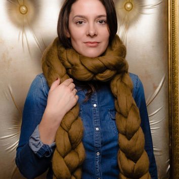 Chunky scarf, Bulky scarf, Oversized scarf, 18 micron merino wool scarf 2,5 m long.
