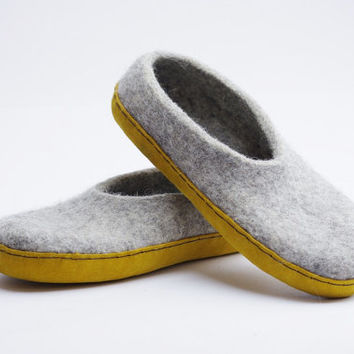 Felted slippers-winter slippers- felt clogs-gray and yellow color-gift for her