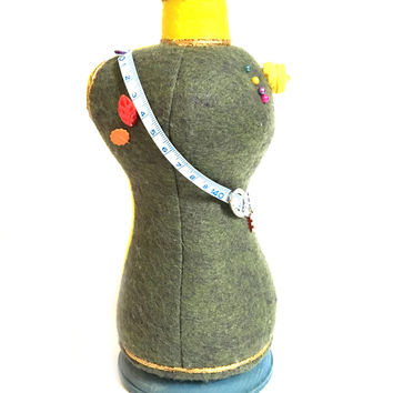 Mannequin Jewelry Display / Pin Cushion