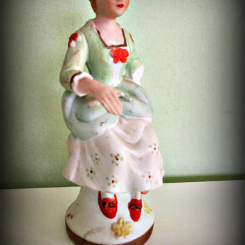 Vintage Porcelain Woman Figurine Collectible, Made in Taiwan, Home Decor, Porcelain, Ceramic, Figure