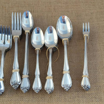 76 piece, True Rose, 1881 Rogers, Stainless Japan, Oneida, cutlery set