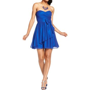 B. Darlin Womens Juniors Shimmer Strapless Semi-Formal Dress